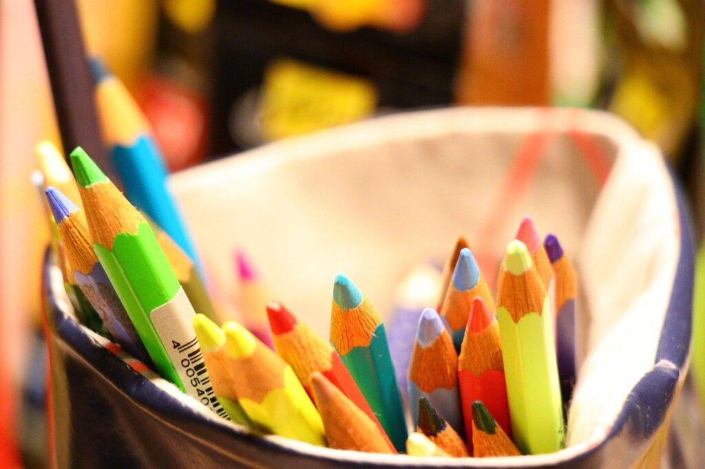 colored pencil, color, draw